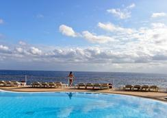 佩斯塔纳海洋棕榈旅馆公寓 - 丰沙尔 - 游泳池