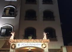 芒特里佛斯酒店 - 圣佩德罗苏拉 - 建筑