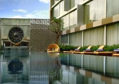 阿斯顿日惹酒店 - 日惹 - 游泳池
