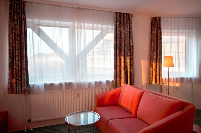 柏林凯塞酒店 - 柏林 - 客厅
