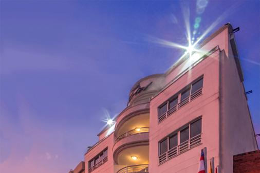 Ms卡斯特拉那康福特酒店 - 卡利 - 建筑