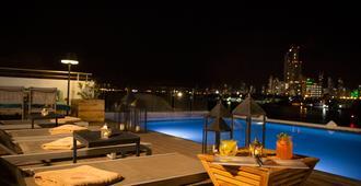 卡瑞斯玛奥路瑞查克利特酒店 - 卡塔赫纳 - 游泳池