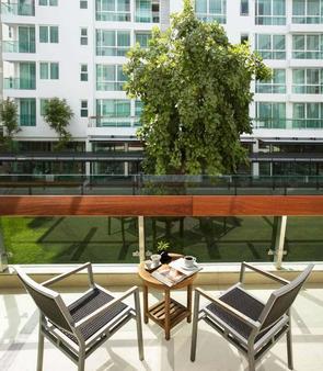 曼谷阿玛瑞公寓酒店 - 曼谷 - 阳台