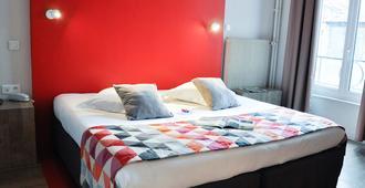 快乐文化南希斯坦尼斯酒店 - 南锡 - 睡房