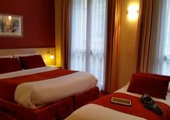 希佳乐酒店 - 尼斯 - 睡房