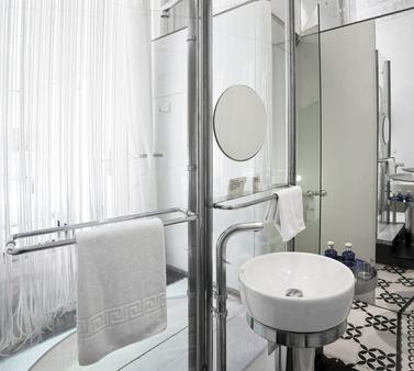 伯恩时尚简约酒店 - 巴塞罗那 - 浴室