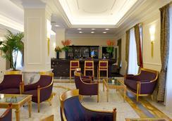 维斯康蒂皇宫豪华酒店 - 米兰 - 大厅