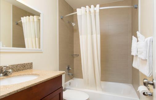 迈阿密/机场北戴斯酒店 - 迈阿密泉 - 浴室