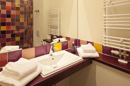 奇布海尔探险者酒店 - 蒂罗的圣约翰 - 浴室