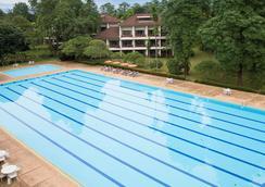 清迈帝国度假村&运动俱乐部 - 清迈 - 游泳池