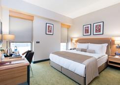 米亚城市酒店 - 伊兹密尔 - 睡房
