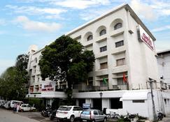 艾凡达喀尔马尔皇宫酒店 - 贾朗达尔 - 建筑