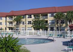 帕克科尼什酒店 - 奥兰多 - 游泳池