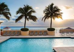 万豪海滩广场大厦酒店 - 劳德代尔堡 - 游泳池