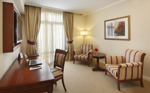 英特苏尔里克莱塔酒店 - 布宜诺斯艾利斯 - 客厅