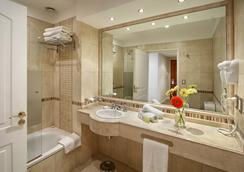 英特苏尔里克莱塔酒店 - 布宜诺斯艾利斯 - 浴室
