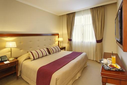 英特苏尔里克莱塔酒店 - 布宜诺斯艾利斯 - 睡房