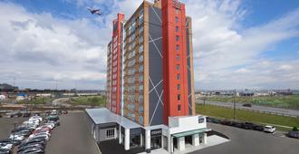 机场东品质套房酒店 - 多伦多 - 建筑