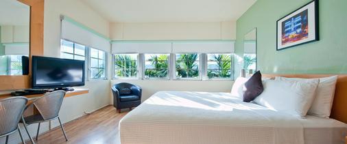 肯特酒店 - 迈阿密海滩 - 睡房