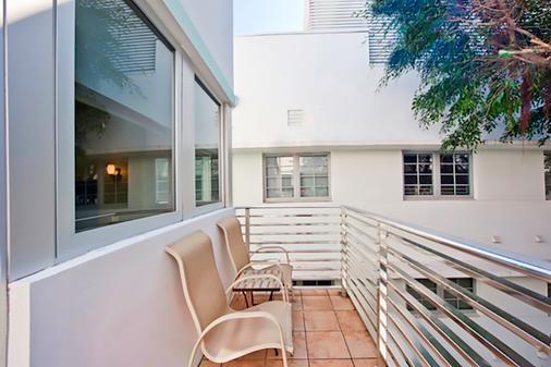 肯特酒店 - 迈阿密海滩 - 阳台
