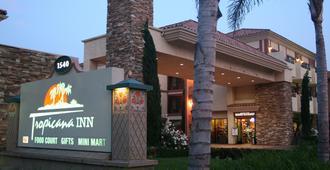 Tropicana 套房酒店 - 安纳海姆 - 建筑