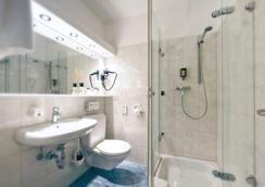 阿森贝格酒店 - 斯图加特 - 浴室