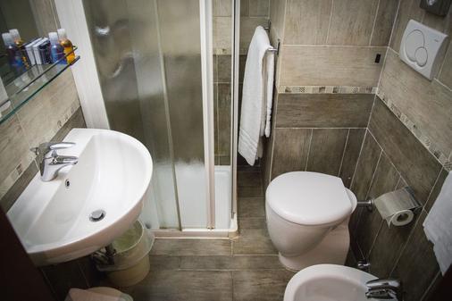 阿库希奥酒店 - 米兰 - 浴室