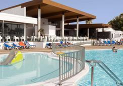 海德公园巷道酒店 - 卡门港 - 游泳池