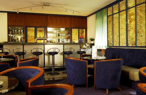 Intercityhotel Stuttgart - 斯图加特 - 酒吧