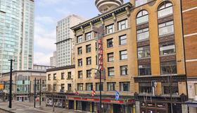 华美达温哥华市区酒店 - 温哥华 - 建筑