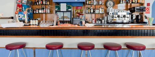 鲁克斯马尔公寓酒店 - 伊维萨镇 - 酒吧