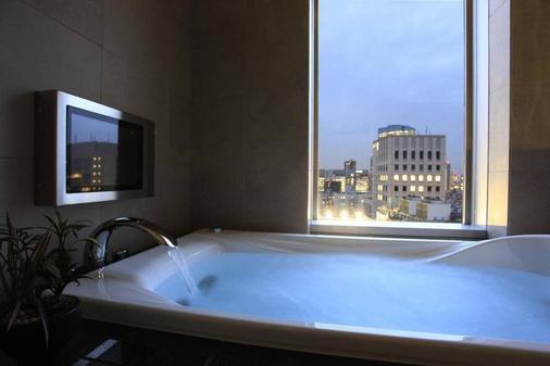 東京庭之飯店 - 东京 - 浴室