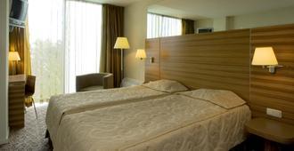 厄米斯特酒店 - 塔林