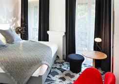 巴黎沙瓦内尔酒店 - 巴黎 - 睡房