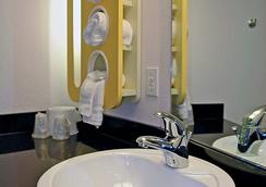 索尔兹伯里6汽车旅馆 - Salisbury - 浴室