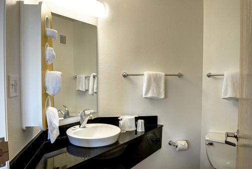 新奥尔良6号汽车旅馆 - 新奥尔良 - 浴室