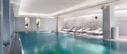 丽思卡尔顿酒店维也纳酒店 - 维也纳 - 游泳池