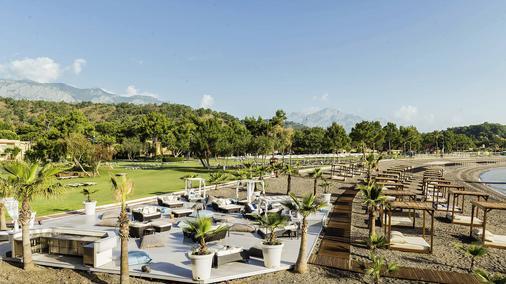 恰姆尤瓦罗宾逊俱乐部酒店 - 式 - 凯麦尔 - 海滩