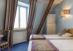 阿尔比恩法兰西酒店 - 巴黎 - 睡房