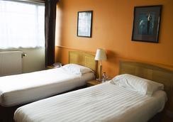OYO 北方酒店 - 阿伯丁 - 睡房