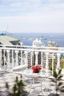 阿斯托雷卡宫酒店 - 瓦尔帕莱索 - 阳台