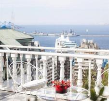 阿斯托雷卡宫酒店