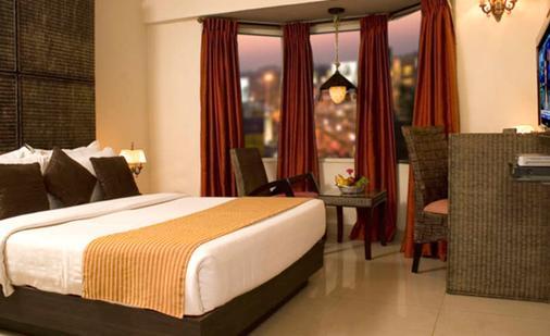 希尔顿皇家酒店 - 班加罗尔 - 睡房