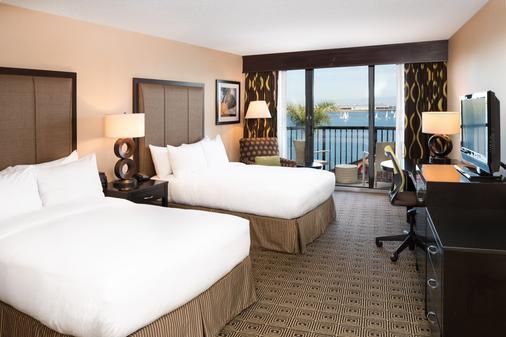圣地亚哥机场哈勃尔岛希尔顿酒店 - 圣地亚哥 - 睡房