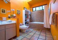 贝尔艾尔树屋住宿加早餐旅馆 - 洛杉矶 - 浴室
