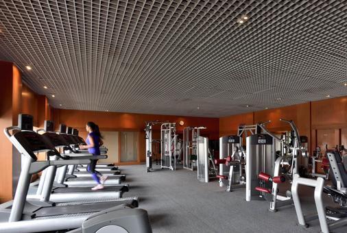海得拉巴万豪会议中心酒店 - 海得拉巴 - 健身房