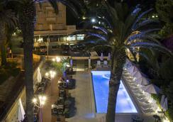 水瓶座酒店 - 杜布罗夫尼克 - 游泳池