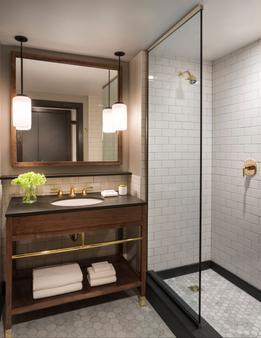 金普敦吉尼美酒店 - 密尔沃基 - 浴室