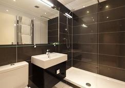 伦敦温哥华一室公寓式酒店 - 伦敦 - 浴室