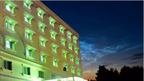 Sandhya Hotel - 海得拉巴 - 建筑
